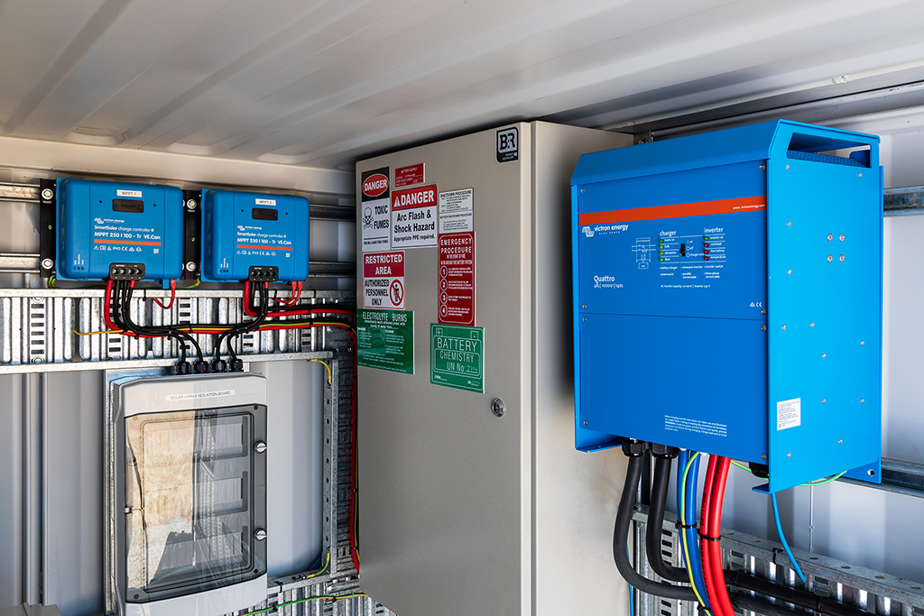 Victron SmartSolar MPPT Charge Controllers and Quattro Inverter/Chargers inside RBSS Power Cube